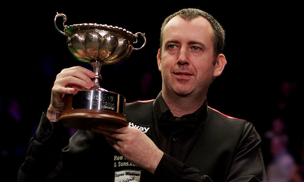Defending champion Mark Williams