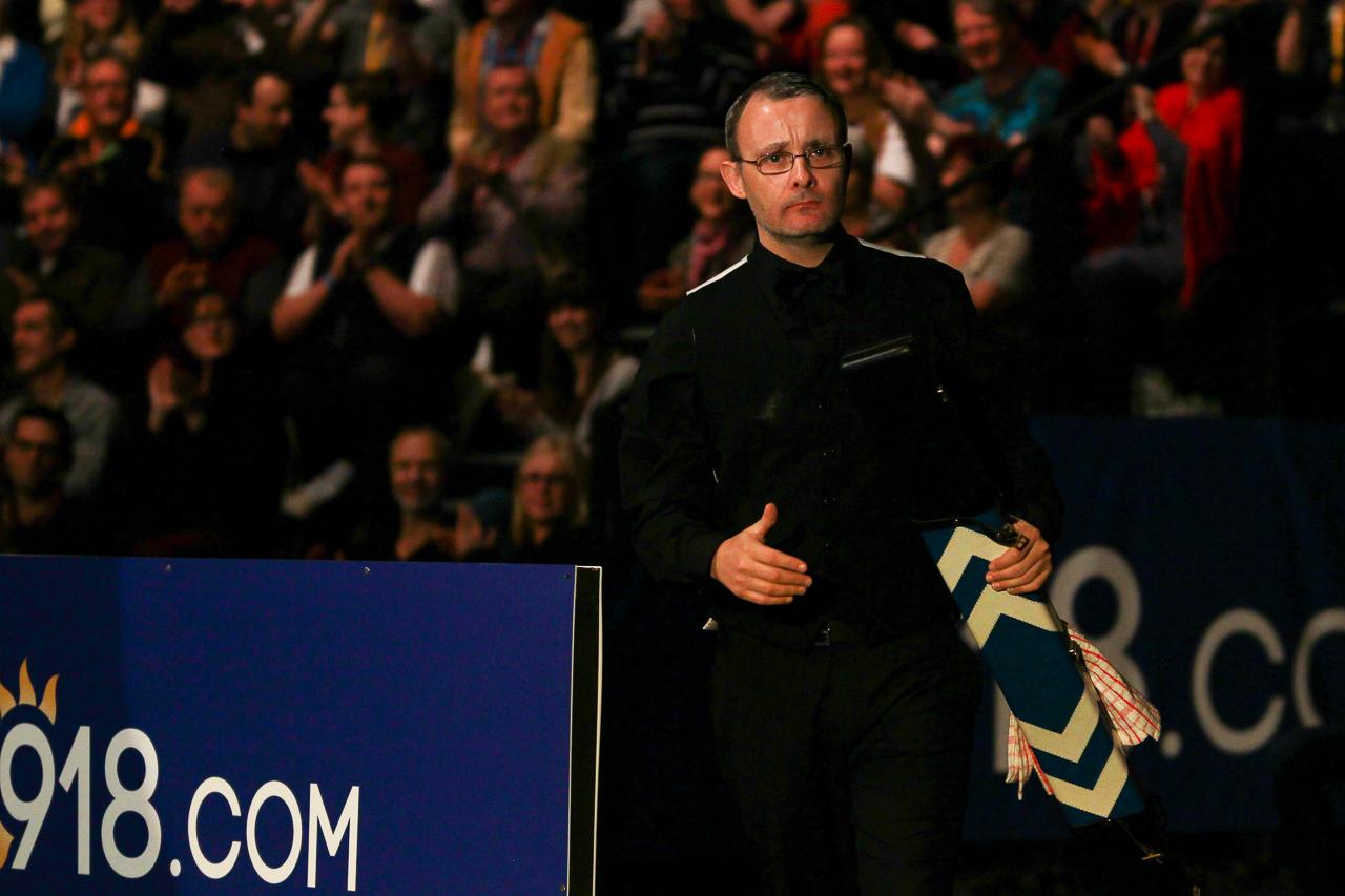 Bingham Leads Llandudno Final - World Snooker