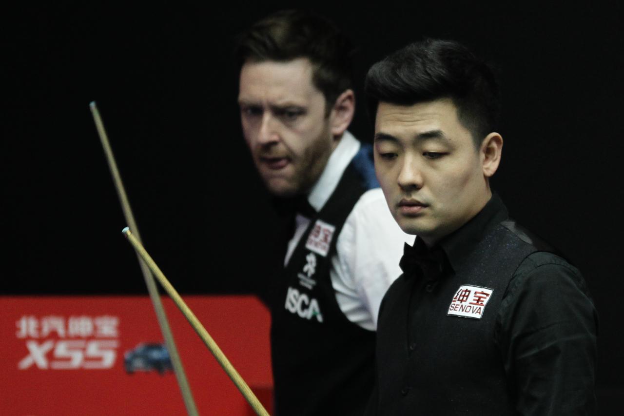 Trump Races Ahead - World Snooker