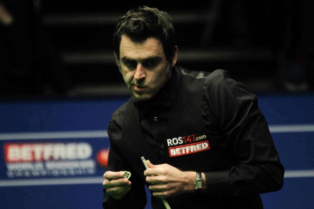 Gould Leads In Berlin - World Snooker