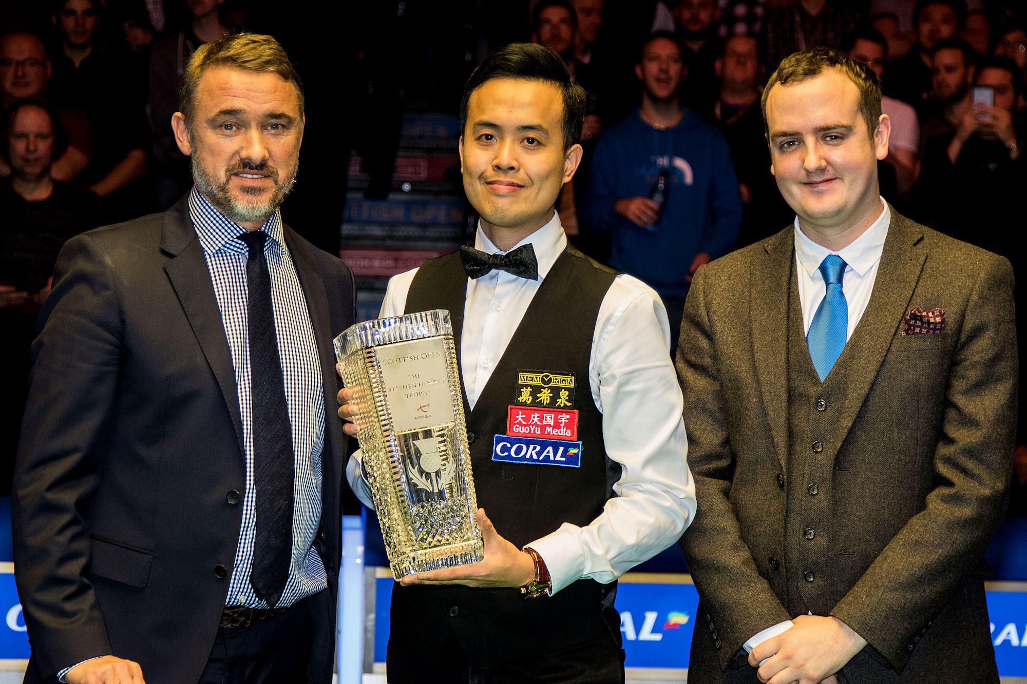 Fu flanked by Stephen Hendry and Coral's John Hill. Pic by Colin Poultney