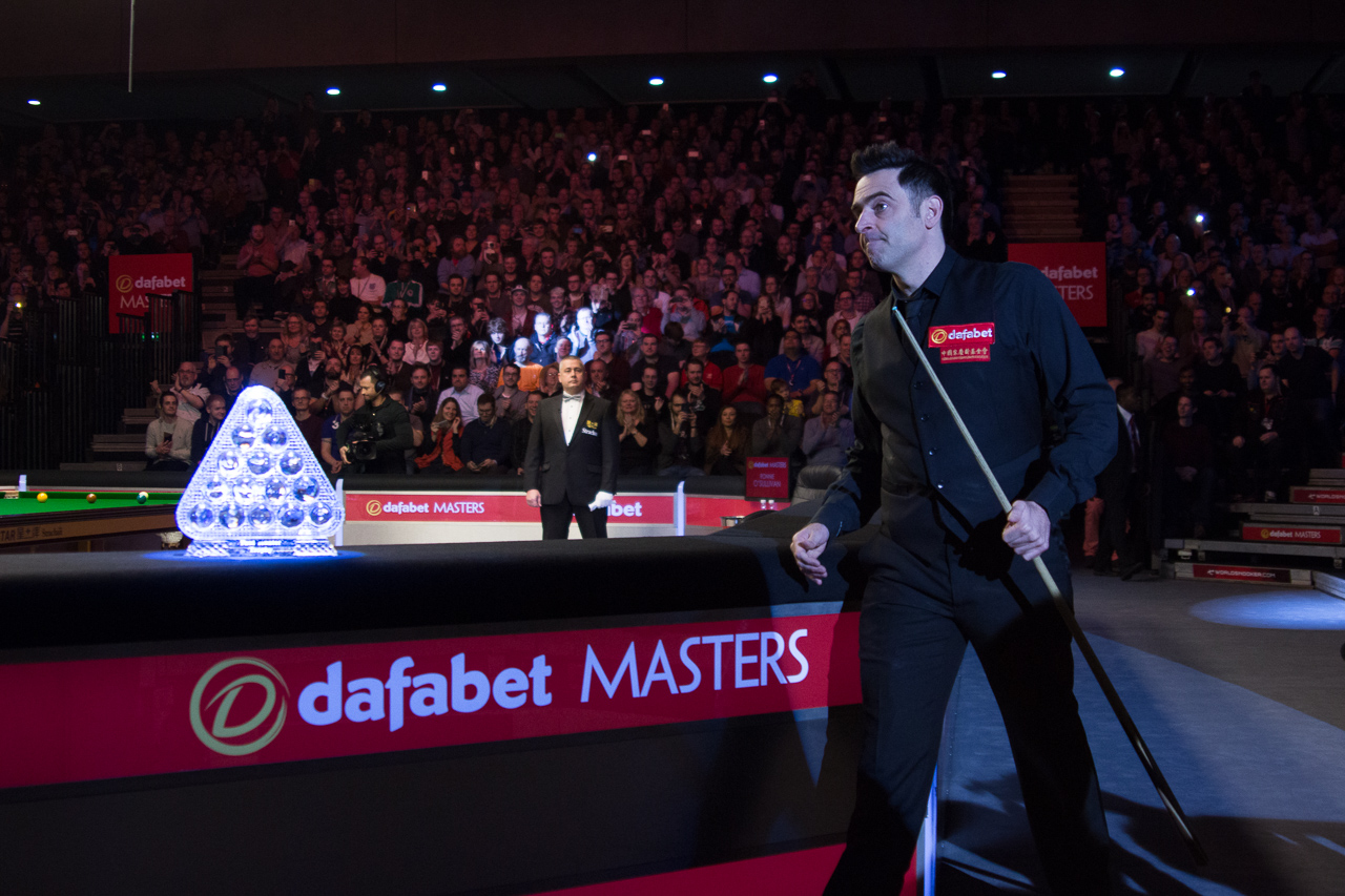 A sell-out crowd of 2,000 enjoyed the contest