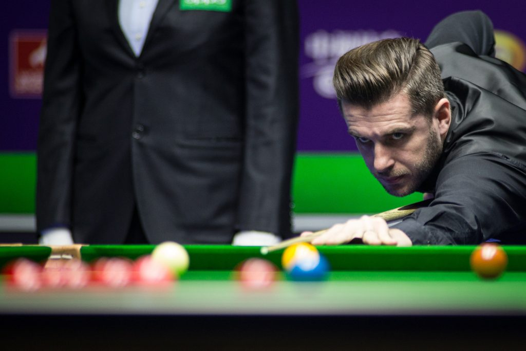 Defending Champion Selby Into Last Four - World Snooker